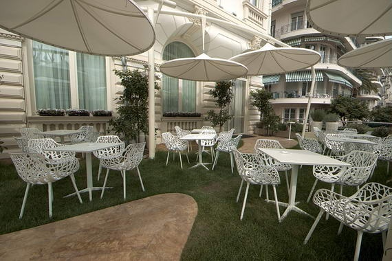 Ausgefallene #Terassenmöbel im Boscolo Exedra, Nizza, #Frankreich    Original Terrace #furniture at the Boscolo Exedra #Hotel, #Nizza,#France  © Easyvoyage