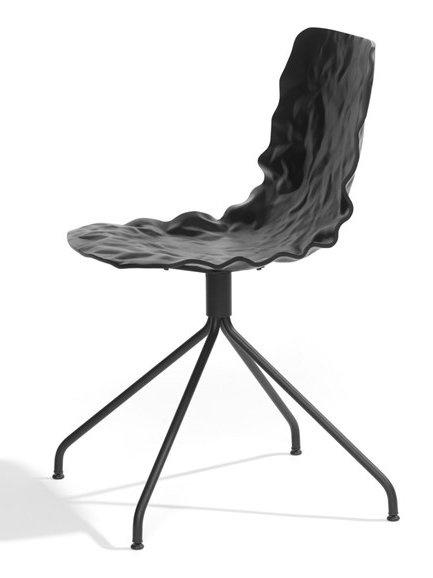 Swivel #chair on trestle base DENT by Blå Station | #design o4i #black