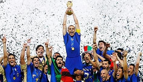 2006 FIFA Soccer World Champions - The Italian National Soccer Team