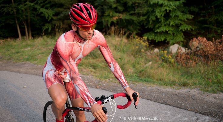 https://flic.kr/p/yb2ppc | skin suit | muscle skinsuit long sleeve for cycling. More info about this skin suit on: muscleskinsuit.com/