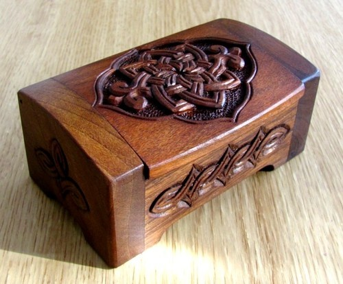 ARMENIAN HAND MADE CARVED WOOD WOODEN CASKET JEWELRY