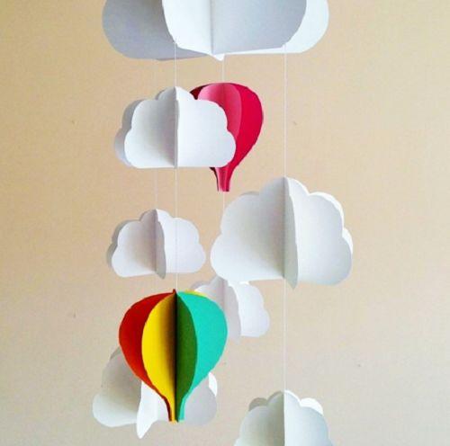 Le mongolfiere di carta fai da te sono davvero molto decorative e possono essere utilizzate per creare delle giostrine per i bambini, per d...