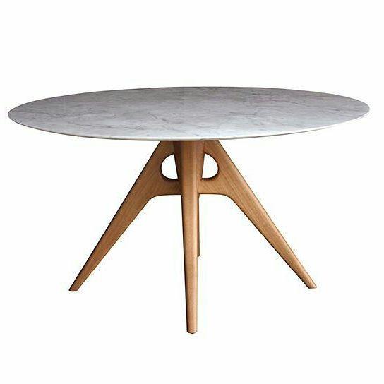 Mesa de jantar DUOMO, tampo de mármore.  Designer: Jader Almeida  Material: estrutura de madeira maciça | tampo de mármore | acabamento em laca fosca, laca brilho ou lâminas especiais.