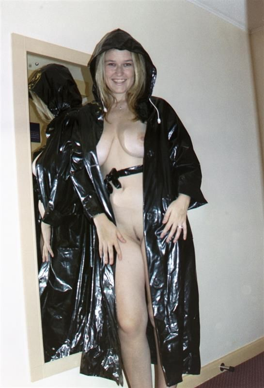 Fetish plastic pvc rainwear