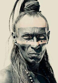 Portrait of a Mayan Indian.  un indio de maya. creo que el etsa un poco de miedo.