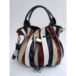 SMAILY  Allegro secchiello in vera pelle con chiusura a laccio e bottone magnetico, con tracolla rimovibile. Interno in tessuto, tasca con zip e porta cellulare. Made in Italy  Cheerful  bucket bag in real leather with a drawstring closure and magnetic button-fastening, with detachable shoulder strap. Fabric lining, zipped pocket and mobile phone holder. Made in Italy.  www.weetooshop.com/it www.weetooshop.com/en