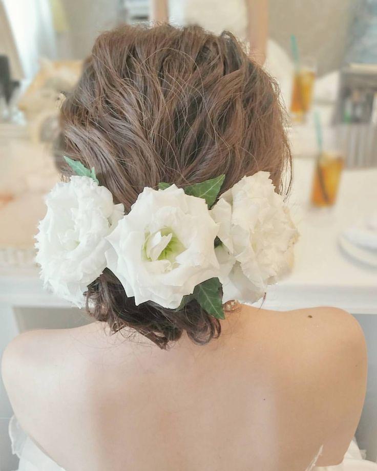 いいね!35件、コメント1件 ― 倉持絵理さん(@eri.hairmake)のInstagramアカウント: 「本日の花嫁様💕おめでとうございました(*´ω`*) #結婚式#花嫁#ブライダル#ウェディング#白ドレス#生花#波ウェーブ#ヘアアレンジ#ヘアメイク#ウェディングヘア#ウェディングヘアメイク…」