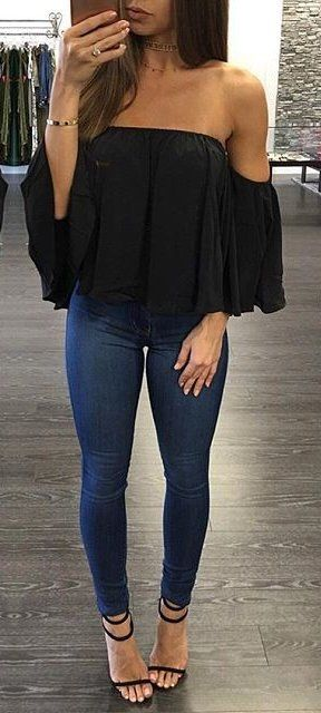 summer outfits  Black Off The Shoulder Top + Navy Skinny Jeans + Black Sandals