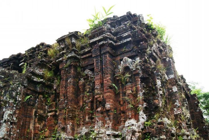 ベトナムには2017年1月現在8つ世界遺産が登録されています。 フォンニャ-ケバン国立公園 ハロン湾 古都ホイアン(水の都) フエの建造物群 ミーソン聖域 …