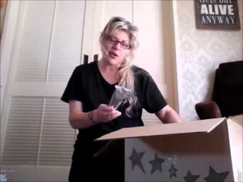New Zealand Scentsy Starter Kit Reveal//What is Scentsy?//Scentsy has la...