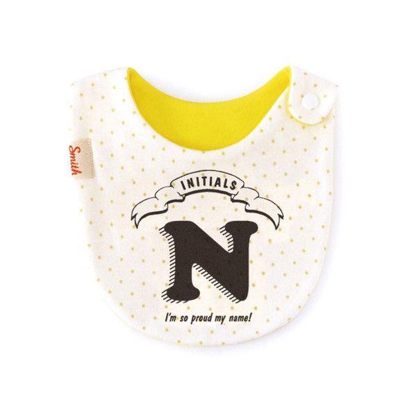 今人気のイニシャルデザインが登場しました!かわいいドットの布地にシンプルなロゴがとってもおしゃれ。プレゼントにもぴったりです。※綿100%※スムースニット/ネ... ハンドメイド、手作り、手仕事品の通販・販売・購入ならCreema。