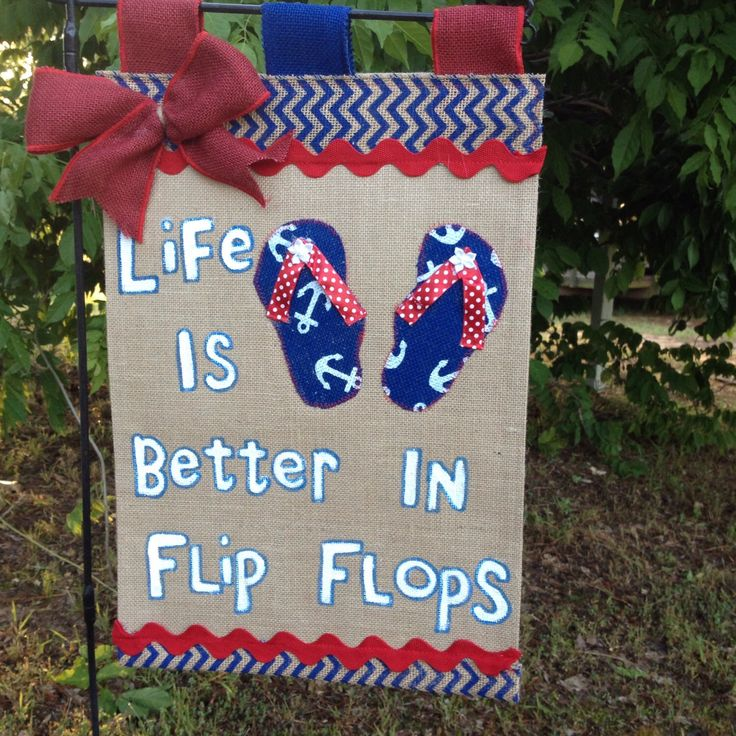 Flip Flop Flag-Burlap Garden Flag-SummerGarden Flag-Red White And Blue Flag- Nautical Garden Flag-Beach Flags-Flip Flop Sign by TallahatchieDesigns on Etsy https://www.etsy.com/listing/229610903/flip-flop-flag-burlap-garden-flag