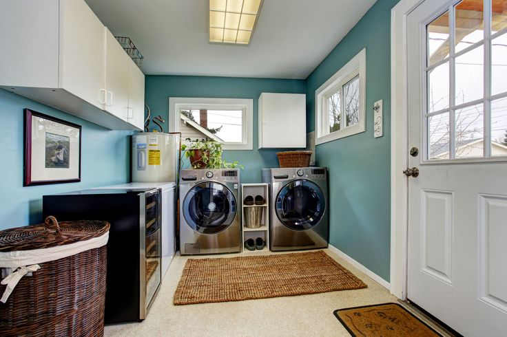 PHOTO: Light Blue Laundry Room With Modern Laundry Appliances