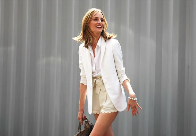 summer work styleMagpie Style, Wear Shorts, Foss Style, Fashion, Scallops Shorts, Lauren Santo, Breezy Scallops, All Whit Outfit, Classy Colors
