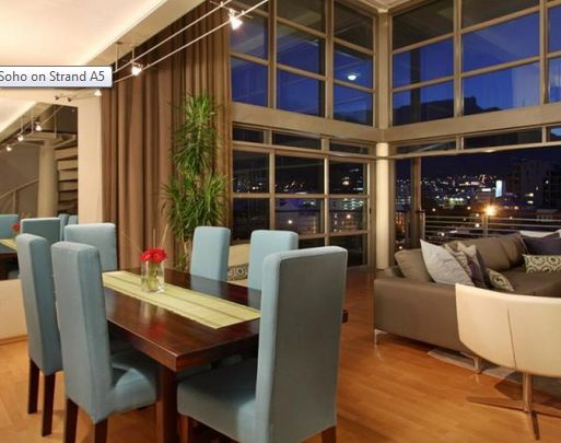 Even at the dining table you and your family may enjoy a feast with a great view of Table Mountain.
