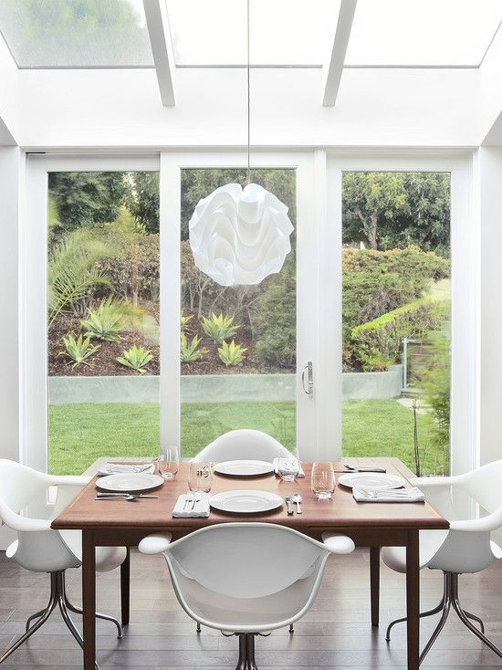 Elegant Artistic House Decorations Applied in an Interior Design : Cozy Modern Dining Room Glass Wall Cuesta Verde Residence