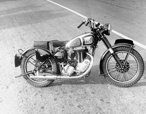 classic british motorcycle 1940s moto pics pinterest