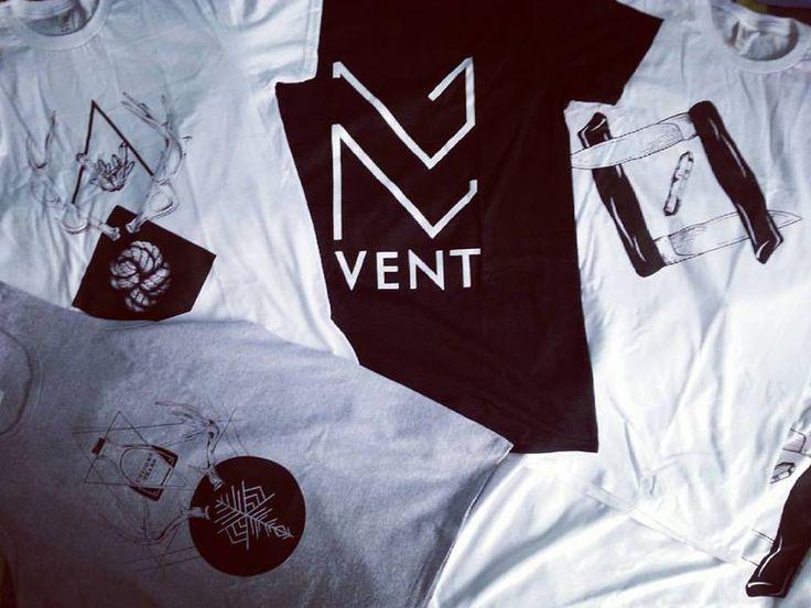 VENT by MEGAN VELCHEVA #VENT #VENTclothing #ventclothingart #art #artwork #illustration #photoshoot #white #black #blackandwhite #bw #fashion #fashionbrand #streetfashion #streetbrand #streetwear #apparel