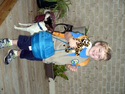 Easy Homemade Halloween Costume: Go Diego Go. Perfect!
