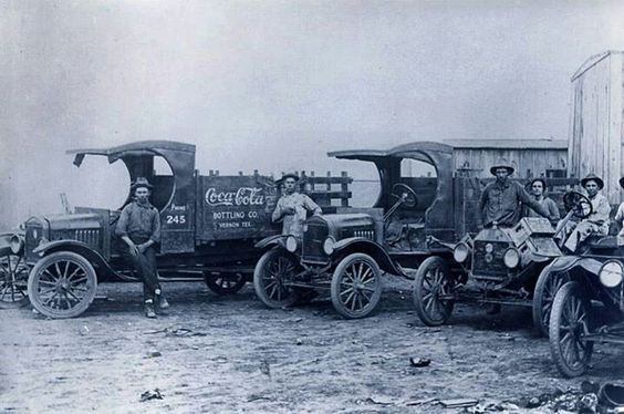 1920, coca-cola delivery men, Vernon Tx. source
