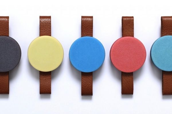 Colorful Faceless Watches That Vibrate To Mark The Passing Of Time - DesignTAXI.com