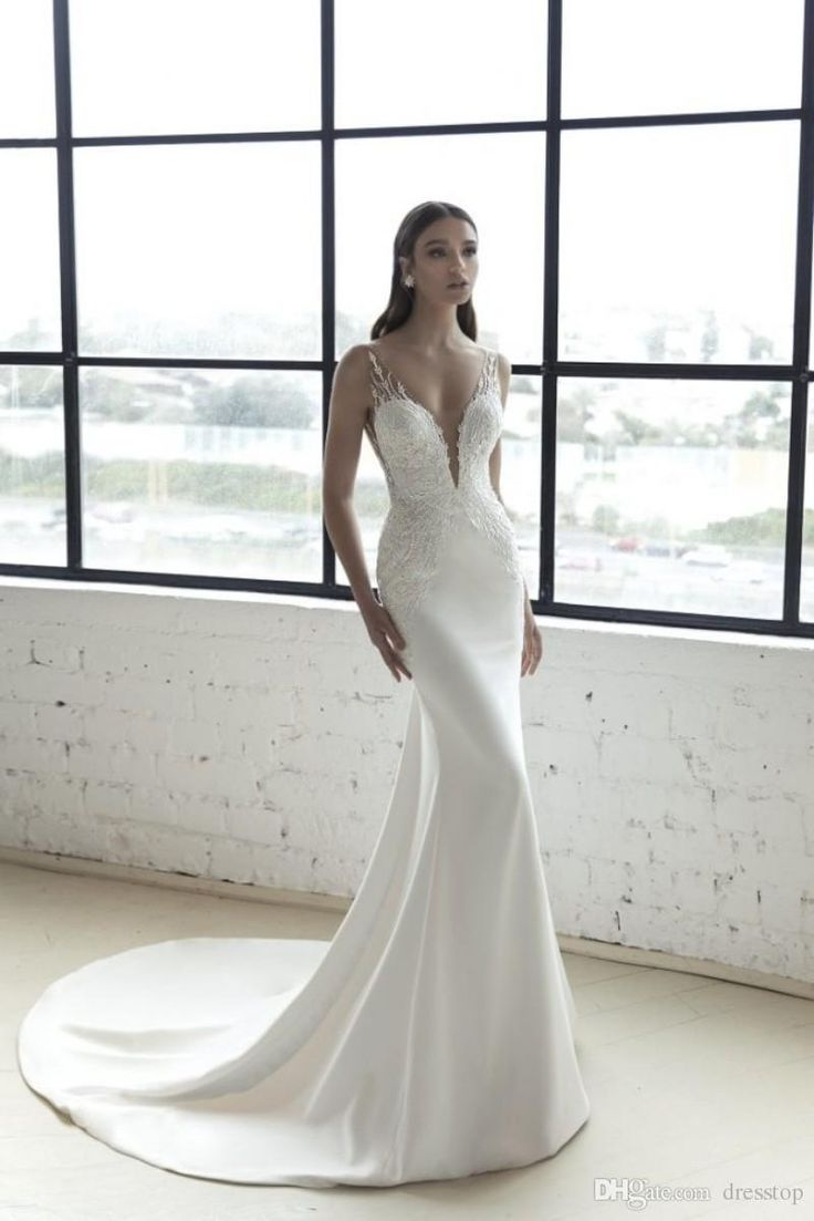 2018 Julie Vino Mermaid Wedding Dresses With Cape Sheer V Neck Beach Wedding Bridal Gowns Plus Size robe de mariée