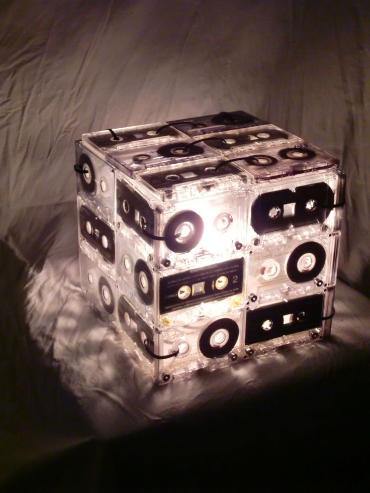 luminária retro k7 – iluminação artesanal   – DIY aus alten CD`s und Schallplatten