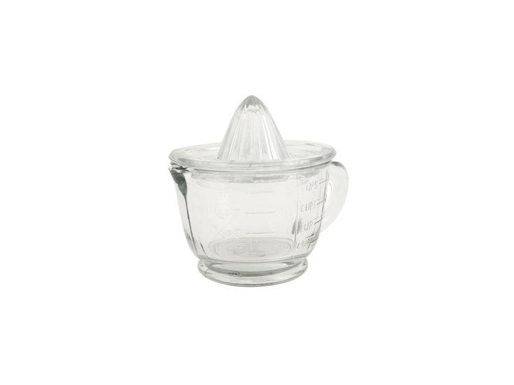 Skleněný odšťavňovač na citrusy . Lis na citrusy z pevného skla. Spodní nádoba může sloužit zároveň jako odměrka na tekutiny. Vyráběno ručně, každý kus je originál. Drobné bublinky ve skle a nerovnosti nejsou považovány za vadu. Celková výška i s...