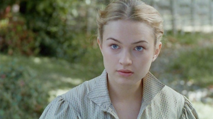 Sophia Myles as Hannah Fletcher in The Earl's Honorable Intentions