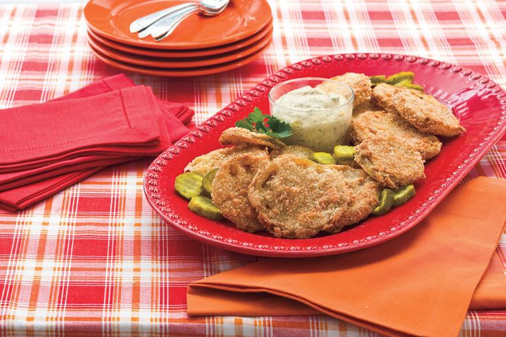 Fried Green Tomatoes With Bread-and-Butter Pickle Rémoulade - Cooking in Your Cast Iron Skillet - Southernliving. Recipe: Fried Green Tomatoes With Bread-and-Butter Pickle Rémoulade  Fried Green Tomatoes are crusty and salty outside