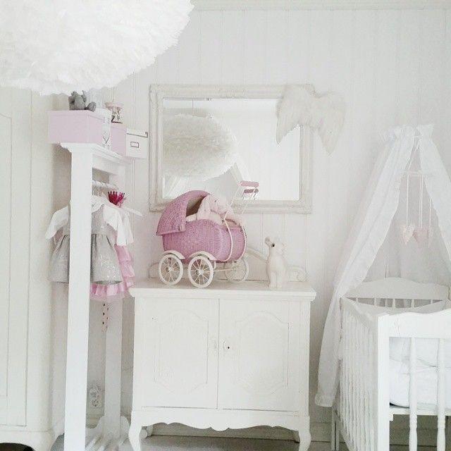 Shabby and Charme: Nordic Style con un leggero accenno di rosa …a casa di Anja