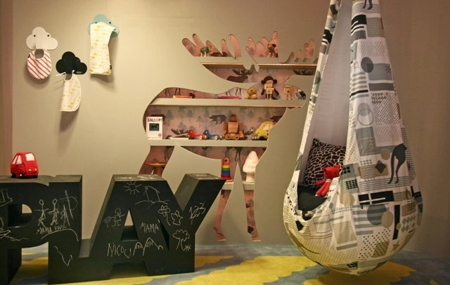 how fun is this rm?! love the chalkboard word and the hammock !: Pods Chairs, Jake Rooms, Moo Rooms, Indigo Rooms, Hammocks, Bedrooms Kids, Chalkboards Words, De Photos, Kids Rooms