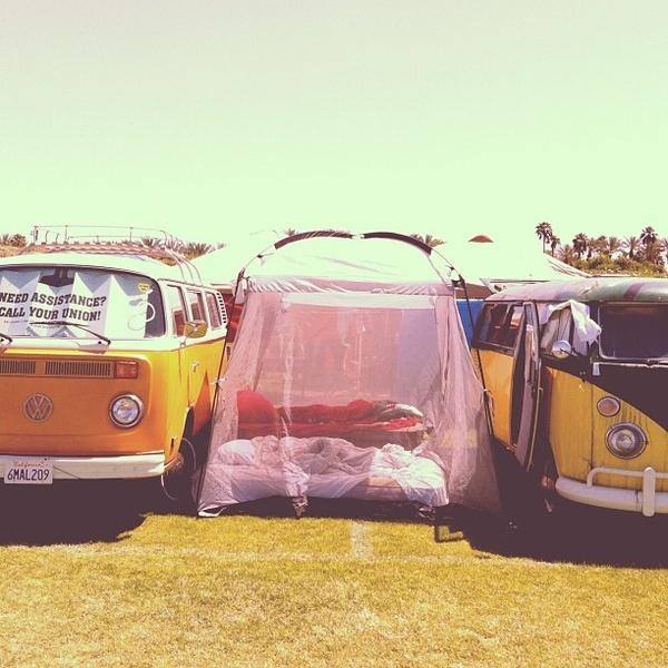 Camping in style. @Foam Magazine music-festival-style: Car, In Style, Iturralde Magazine, Blanknyc Festivalstyle, Fashion Styles, Camping, Magazines, Magazine Music Festival Style