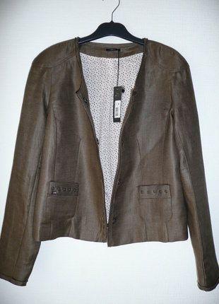À vendre sur #vintedfrance ! http://www.vinted.fr/mode-femmes/autres-manteaux-and-vestes/30187595-veste-blazer-kaki-sans-col-ikks