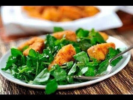 Filetes de pescados con ensalada de berros