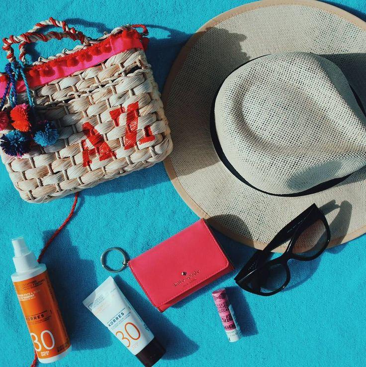 Beach essentials! #abelezanasceunagrecia #korresbr #korres20anos by azanandrea