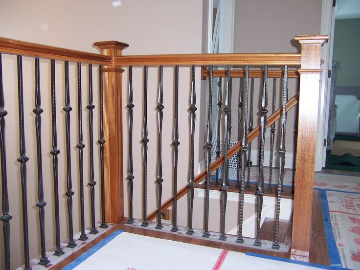 This staircase pattern features balusters from the Gothic series. The single knuckle (16.5.2) and the double knuckle (16.1.8) create a uniquely designed stair pattern. These balusters are stocked in solid wrought iron, and are available in a Satin Black, Copper Vein, Oil Rubbed Bronze, and Oil Rubbed Copper powder-coated finish. For information about the 16.5.2 single knuckle baluster please click the image.