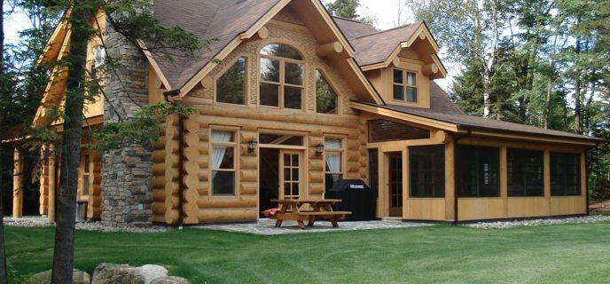 maison en bois rond | Luxueuse maison en bois rond | Endroits à ...
