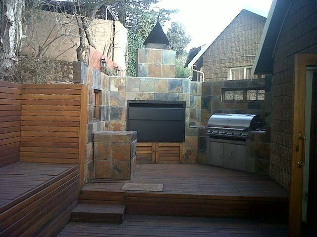 Heat King sells LP Gas and issues Gas Certificates. Distributes Heatwave Fireplaces & Braais.  TEL: +27 (0) 11 7911150 randburg@heatwave.co.za