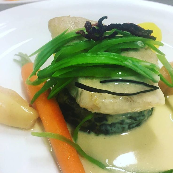 Steamed fillet of King Snapper on mushrooms, spinach quiche with light ginger apple sauce #boardroomlunch #events #fish #vegetables #brisbane #dining