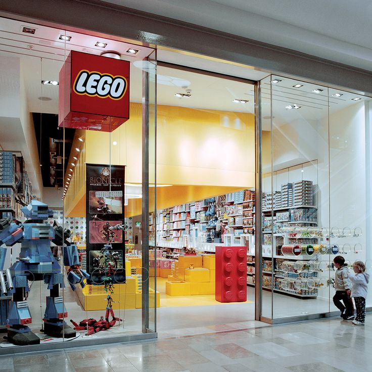 February 9, 2012: KC's 1st LEGO store (mall); KC's Ultimate Guide to ...