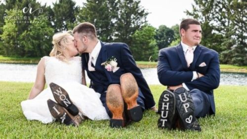 PHOTO: Lindsey Berger's photographs of a bride, groom and their best man went viral. (Lindsey Berger/Country Roads Photography)