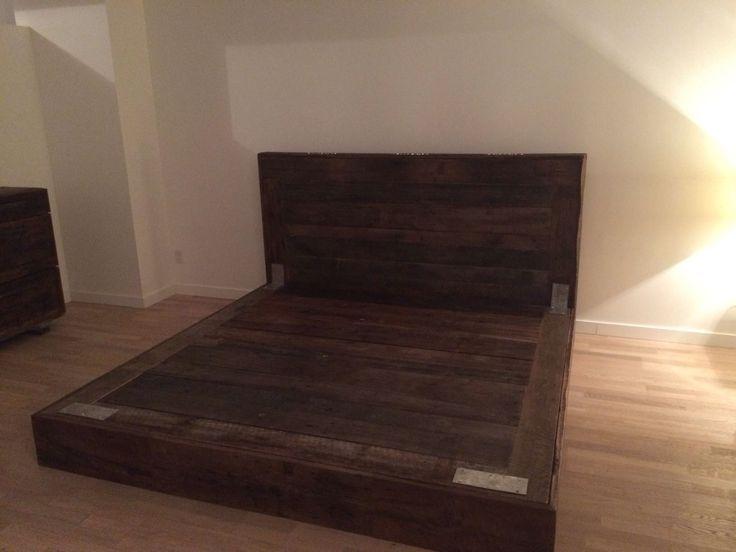 base de lit king bois de grange vieux de 150ans armature de metal
