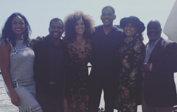 awesome Will Smith and the 'Fresh Prince' cast enjoy a mini-reunion Check more at https://epeak.info/2017/03/28/will-smith-and-the-fresh-prince-cast-enjoy-a-mini-reunion/