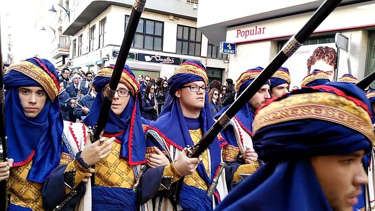 Desfile de la media fiesta de Moros y Cristianos de Elda 2016