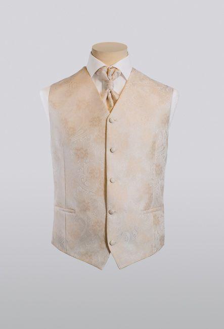 Модный светлый мужской жилет с пластроном | Fancy light men's waistcoat with plastron