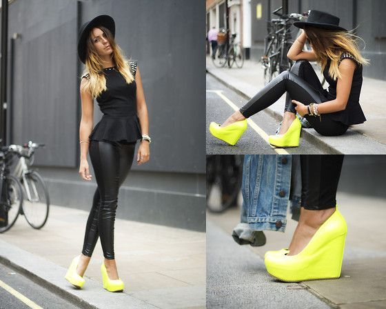 Suite Blanco Camiseta, Zara Leather Pants, Aldo Shoes: Summer Fashion, Wedges Heels, Aldo Shoes, Street Style, Leather Legs, Yellow Tops Black Pants, Leather Pants, Neon Shoes, Neon Yellow