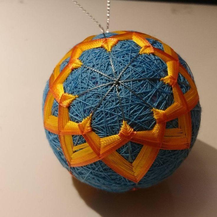 "8 Likes, 1 Comments - Raluca Ioana Simonffy (@ralucamorena) on Instagram: ""#yellow #orange #blue #temari #ball #xmasdecorations #crafts #craftsuk #handmade #handcraft #xmas…"""