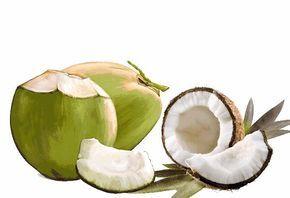 Come si usa l'acqua di cocco? Ecco i consigli della Naturopata per bere il succo della noce di cocco e avere tutti i benefici.