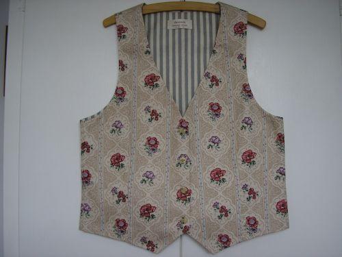 """Ladies Floral Cottage Garden Waistcoat 34"""" - 36"""""""